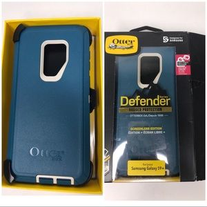 Otterbox Defender phone case for Galaxy S9+